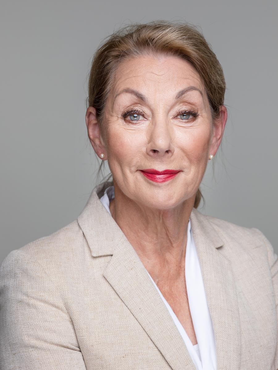 Tineke Schluter